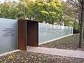 Berlin-DenkmalSintiRoma2-Asio.JPG