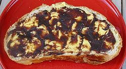Beurrée d'nièr beurre black butter on bread.jpg