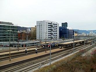 Zürich Altstetten railway station - Image: Bhf Zürich Altstetten nw 1