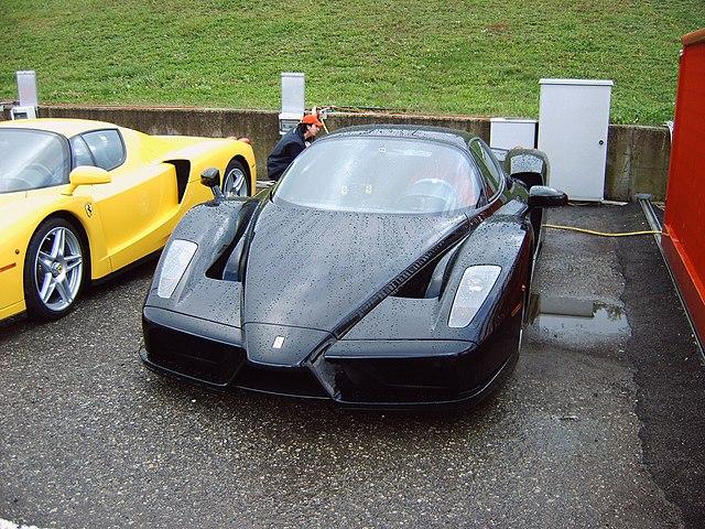 File Black Ferrari Enzo Jpg Wikimedia Commons