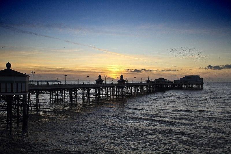 File:Blackpool North Pier (56380242).jpeg