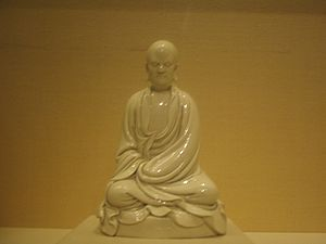Bodhidharma - A Dehua ware porcelain statuette of Bodhidharma from the late Ming dynasty, 17th century