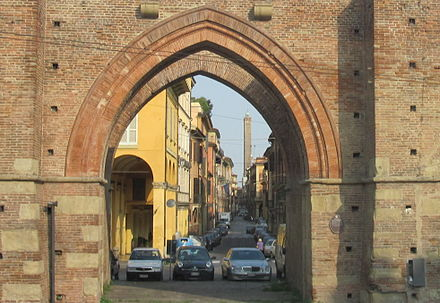 Porta Maggiore, one of the twelve medieval city gates of Bologna. Bologna. Porta Maggiore. Strada Magiore. Torre degli Asinelli IMG 3874.JPG