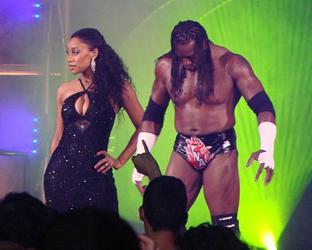 Booker T (right) and Sharmell in TNA Booker T & Sharmell Chicago IL 101208.jpg
