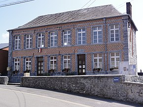 Bousignies-sur-Roc (Nord, Fr) mairie.jpg