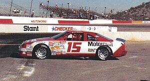 Bud Moore Engineering - Image: Brett Bodine 15car 1989