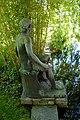 Bronzeplastik Frauenfigur am Wasser (Johanna Keller 1952) 06.jpg