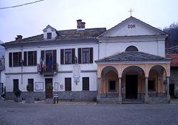 Brosso Piazza Municipio.jpg
