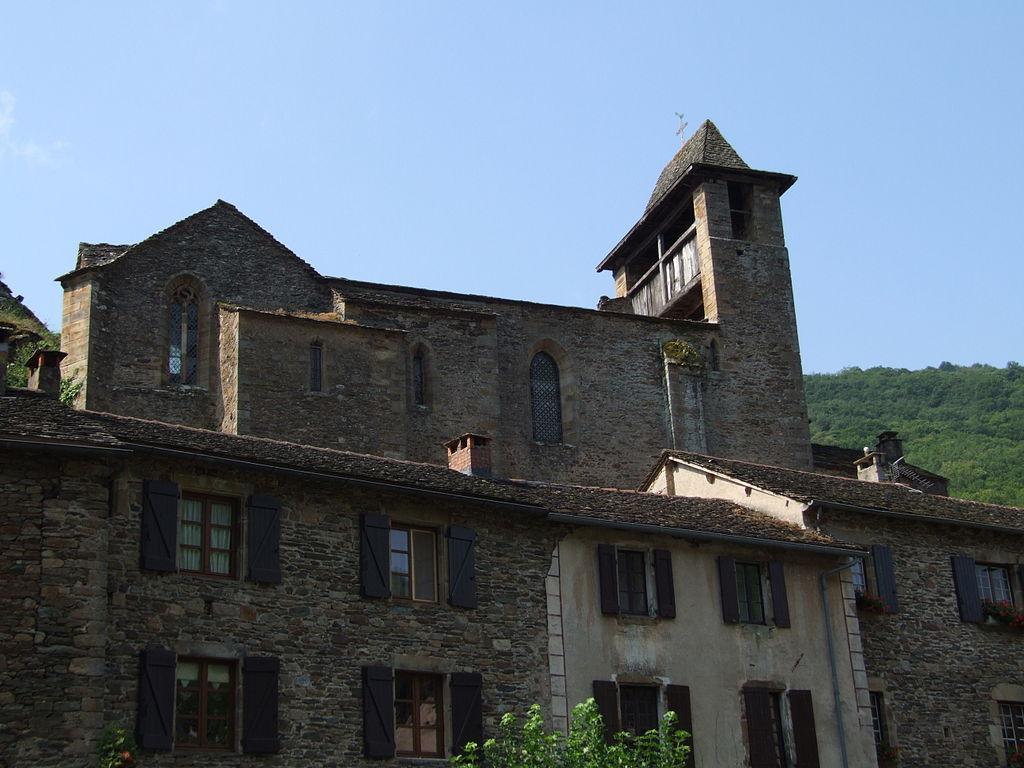 Brousse-le-Château - Eglise 1.jpg