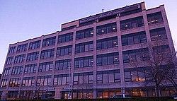 Alpert Medical School - Wikipedia