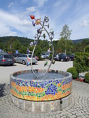Brunnen - JOSKA Glasparadies.JPG