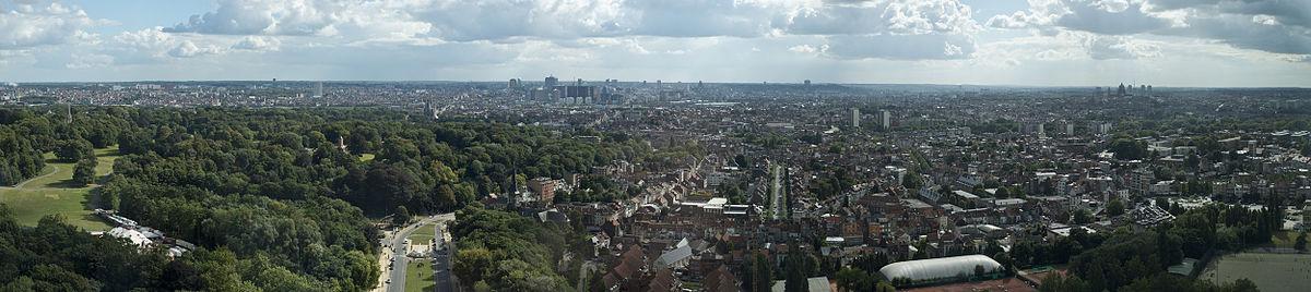 Brussels Panorama (8294291124).jpg