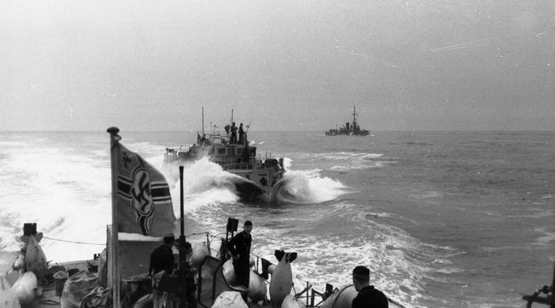 Bundesarchiv Bild 101II-MW-1956-30, Frankreich, Kanal, R-Boote