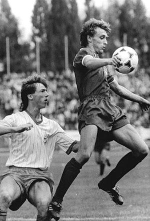 Thomas Linke - Image: Bundesarchiv Bild 183 1989 0812 010, BFC Dynamo FC Rot Weiß Erfurt 2 2