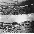 Bundesarchiv Bild 195-1947, Rheinbefliegung, Ottenheim - Leopoldskanal.jpg