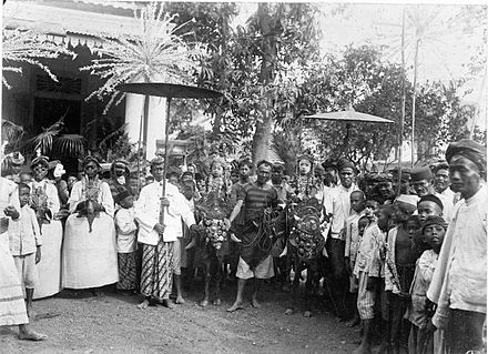 Traditional procession after circumcision of a child in Dutch East Indies, 1915–1918.