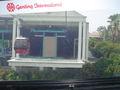 Cable car arriving at Sentosa.jpg