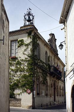 Calvisson-La Mairie.jpg
