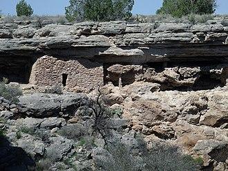 Sinagua - Image: Camp Verde Montezuma Well 3