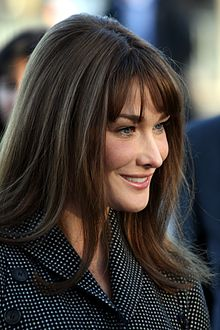 Wikipedia: Carla Bruni at Wikipedia: 220px-Carla_Bruni-Sarkozy_%283%29