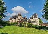 Castle of Fougeres-sur-Bievre 03.jpg