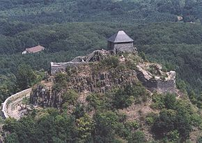 Castle of Salgó.jpg