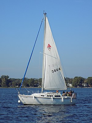 Catalina 25 - Image: Catalina 25 sailboat 1257