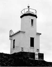 Cattle Point Light.jpg