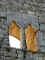 Cause-de-Clérans château donjon fenêtre.JPG