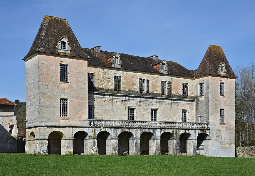 Former house of the abbot (17th century), SE view, abbey of Chancelade, Dordogne, France