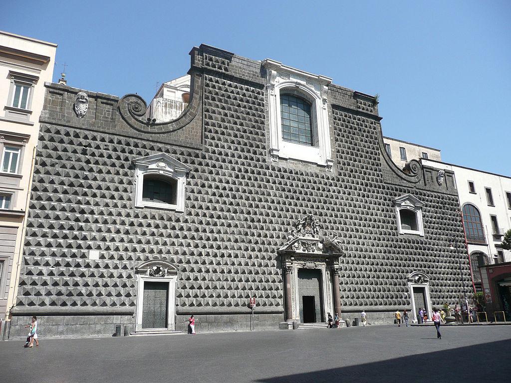 Facade de l'Eglise de Gesu Nuovo à Naples - Photo de mweav31