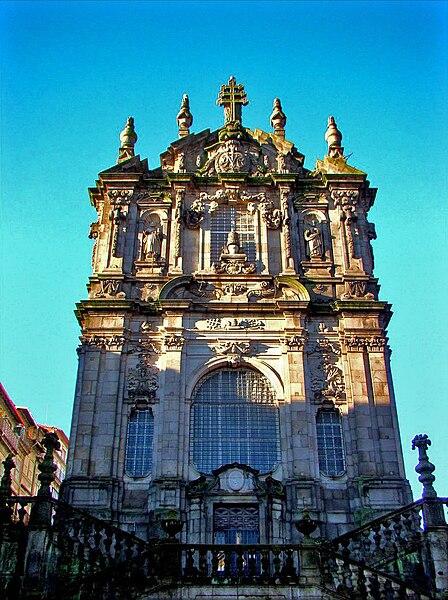 Ficheiro:Clérigos Church Facade.jpg