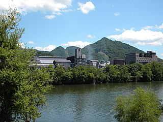 Mount Carbon, West Virginia Census-designated place in West Virginia, United States