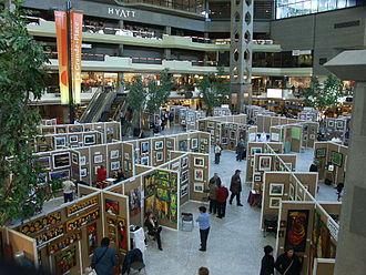 Complexe Desjardins - Exhibition in the Atrium