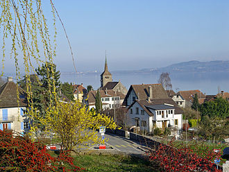 Concise - Concise village and Lake Neuchatel