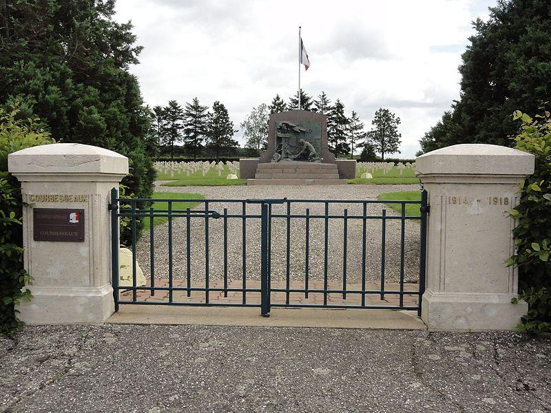 Courbesseaux (M-et-M) nécropole nationale Courbesseaux