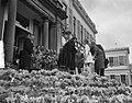 Defilé langs paleis Soestdijk ter gelegenheid van de verjaardag van koningin Jul, Bestanddeelnr 907-7275.jpg