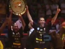 Derrick and Tal With The 2009 Israel Championship.png