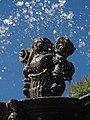 Detalles de la Fuente de San Miguel Arcángel, Zócalo de Puebla 06.jpg