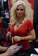 Diamond Foxxx AVN Adult Entertainment Expo 2010 2.jpg