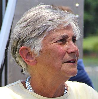 Diane Ravitch - Image: Diane Ravitch (cropped)
