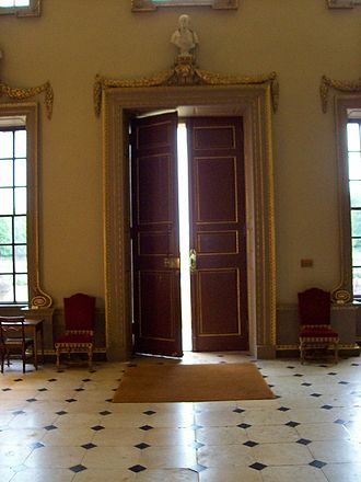 Ditchley - Main door of Ditchley House