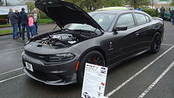 Dodge Charger SRT Hellcat (17679885049).jpg