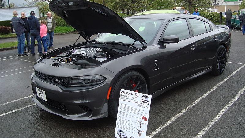 File:Dodge Charger SRT Hellcat (17679885049).jpg