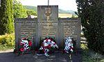 Dolne Vestenice Pomník Obetiam 1. a 2. svetovej vojny Vojtech Baďura.jpg