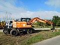 Doosan road-rail excavator (2).jpg