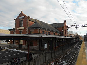 Dover station (NJ Transit) - The station depot at Dover, seen in December 2014 with no business renting the depot.