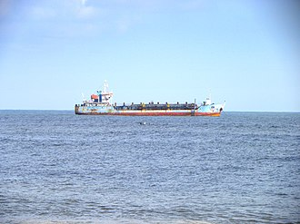 Mundakkal Beach - Image: Dredger Hansitha at Kollam coast, Aug 2014