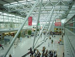Duesseldorf international terminal.jpg
