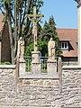 Duttlenheim (Bas-Rhin) calvaire de l'église.jpg
